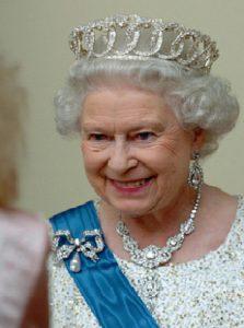 Про женский бант и королеву Елизавету Вторую 2
